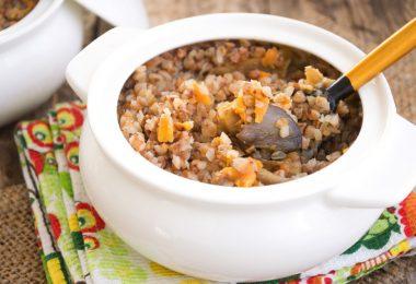 Гречневая каша в горшочке в духовке: рецепты с курицей, грибами