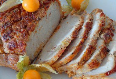Как приготовить корейку свиную в духовке (куском, без кости)