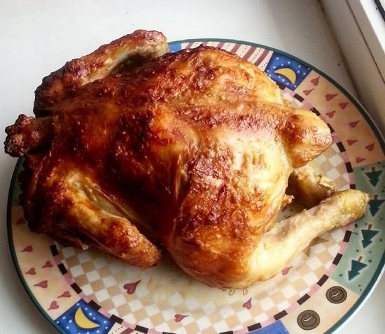Курица на бутылке с хрустящей корочкой