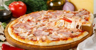 Пицца на готовой основе в духовке - вкуснее, чем в ресторане!