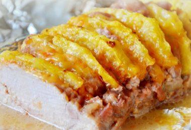 Свинина под ананасами в духовке: как приготовить?