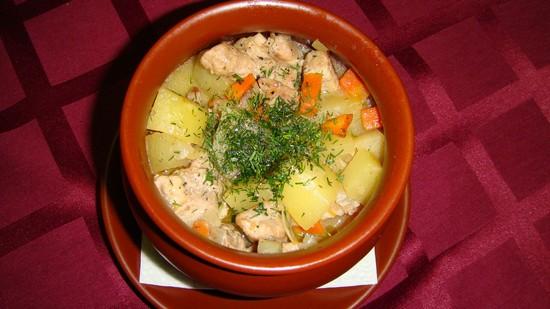 жаркое из кролика с картошкой в горшочке