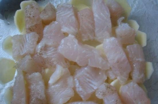 Филе рыбки промоем и просушим