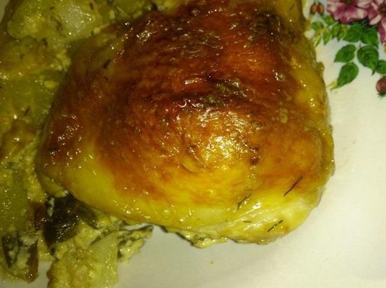 Филе бедра курицы в духовке с картошкой