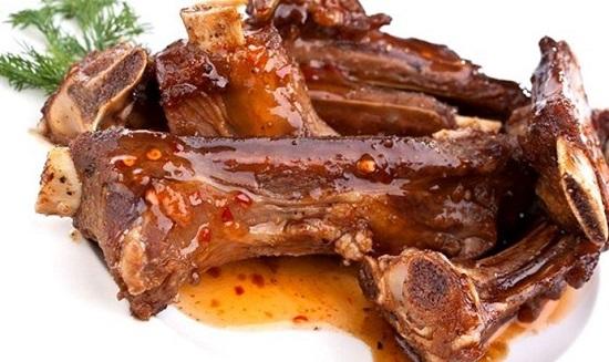 Говяжьи ребра в духовке: рецепты