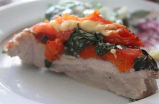 Свиная шейка, запеченная с овощами
