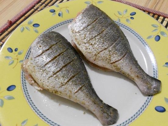 В таком виде оставляем рыбу на некоторое время