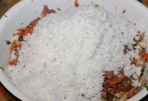 Слегка остудим рисовую крупу