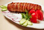Рулетики из свинины с беконом в духовке с начинкой