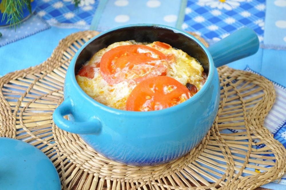 Рыба в горшочке в духовке с картошкой (жаркое)