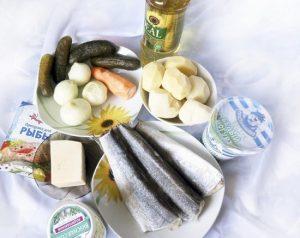 размораживаем рыбу и подготавливаем остальные продукты