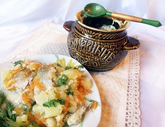 Рыба в горшочке с картофелем