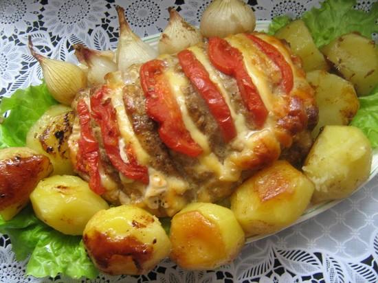 корейка на кости в духовке с картофелем
