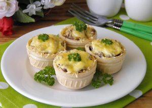 Как готовить жульен в тарталетках?