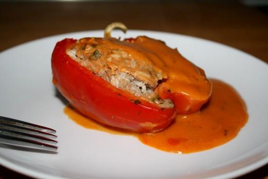 Итальянские запеченные перцы в духовке с фаршем