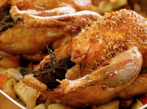 Простой рецепт приготовления цесарки в духовке в рукаве