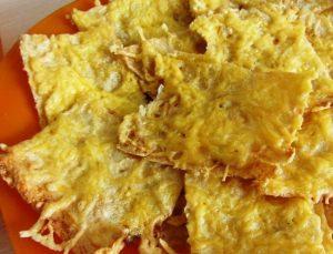 чипсы из лаваша в духовке с сыром
