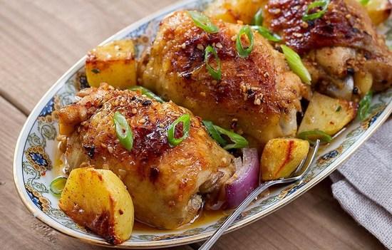 рецепт бедрышек куриных в духовке с картошкой