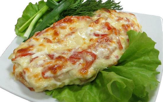 Бедра, запеченные с картофелем и сыром