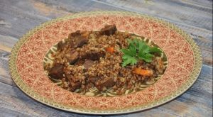 Нежная говядина, тимьян и гречка