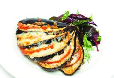 Баклажаны, запеченные в духовке веером: рецепты приготовления с сыром и помидорами