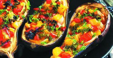 Лодочки из баклажанов в духовке: рецепты будничные и праздничные