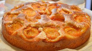 как приготовить бисквит с абрикосами