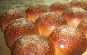 Сладкие булочки с сахаром