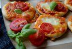 Мини-пицца в духовке: рецепт