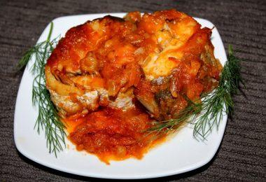 Минтай с овощами в духовке: рецепт приготовления