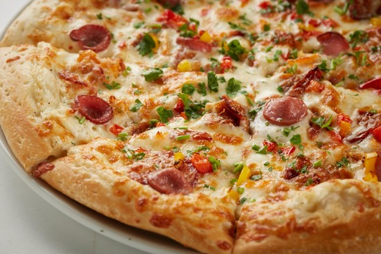 быстро готовится пицца дома в духовке