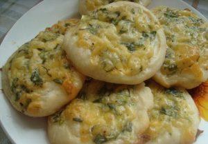 Сырная лепешка в духовке: рецепт