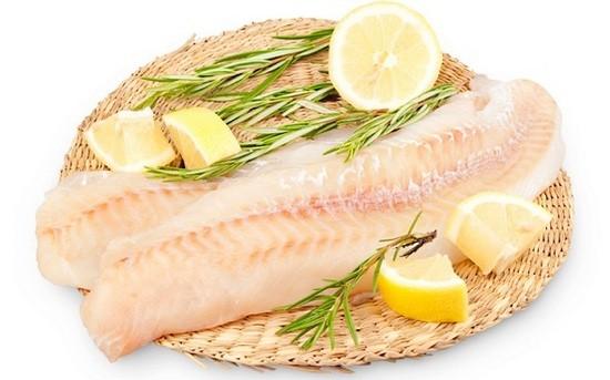 особый вкус любому рыбному филе придает розмарин