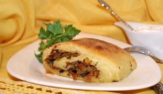 рулет картофельный с мясом в духовке