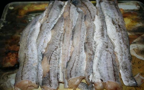 Рыбные котлеты из минтая в духовке диетические