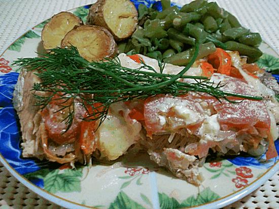 Нежная горбуша с картошкой запеченная в духовке: рецепт с овощами