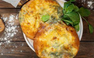 Быстрые хачапури в духовке с сыром и творогом