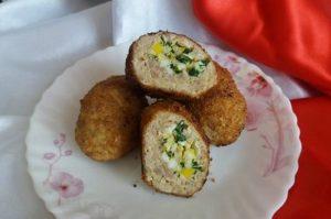 Зразы мясные с яйцом: рецепт