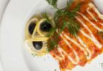 Как приготовить вкусную горбушу под шубой в духовке?