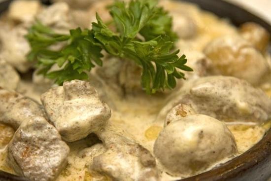 запеченные грибы в духовке целиком