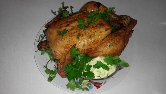 Запекать курицу будем примерно 50-60 минут