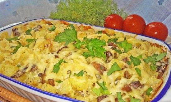 картофель с грибами в духовке со сливками