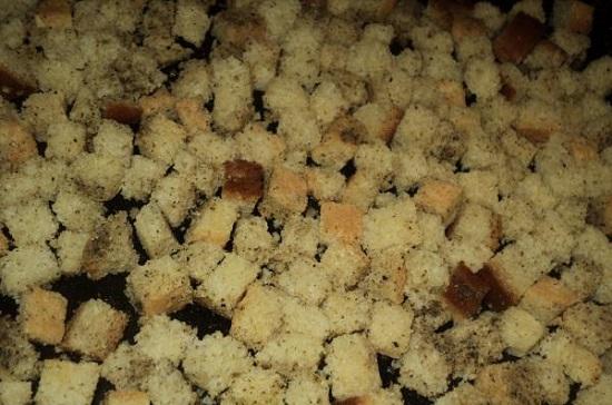 аппетитные сухарики с чесночком