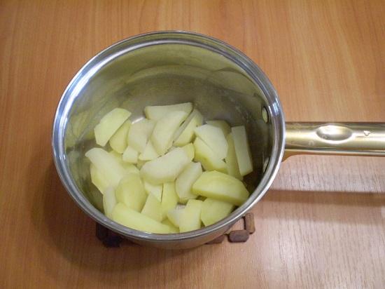 Выложим картофель