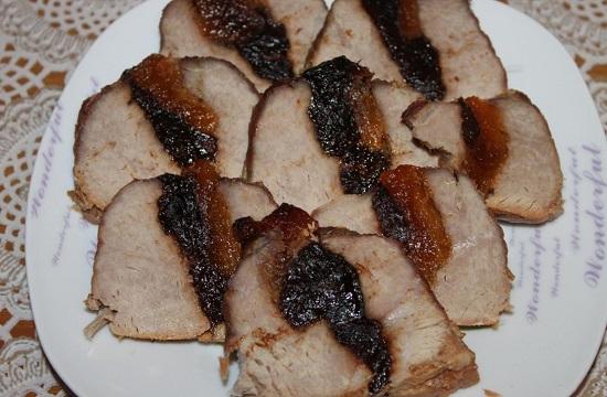 Свинина с курагой и черносливом: рецепт традиционный