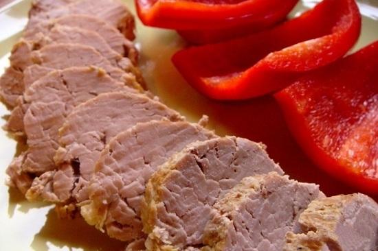 Свиная вырезка в фольге в духовке