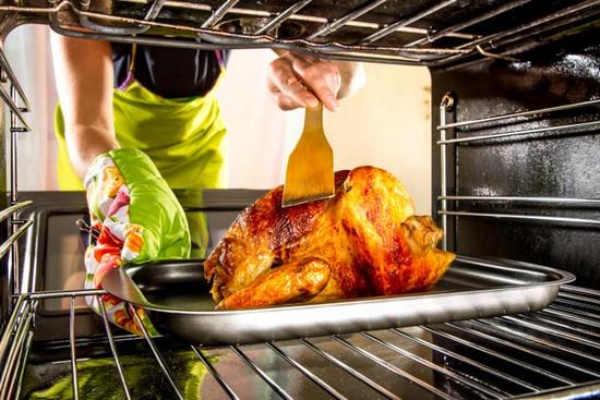 Особенности приготовления курицы в духовке