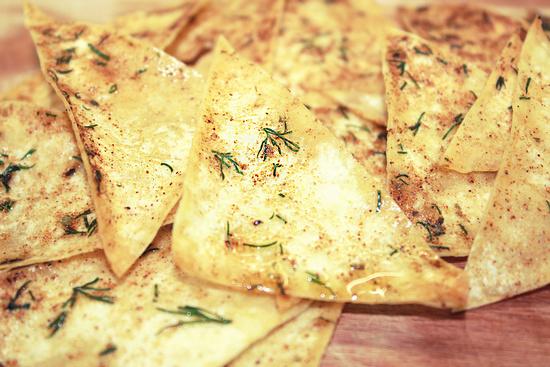 Чипсы из лаваша в духовке: рецепты