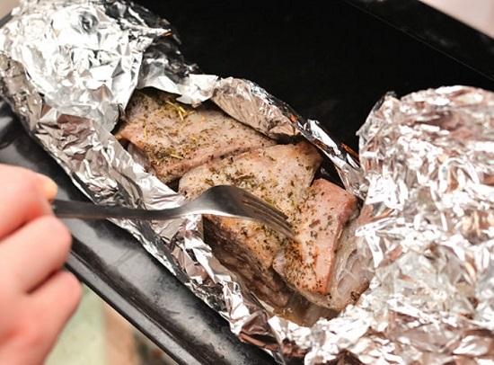 проверьте готовность мяса