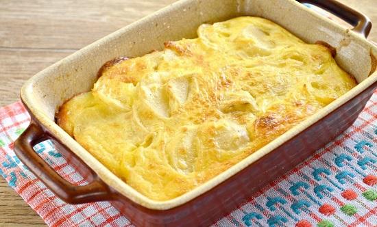 сделать картофельную запеканку с сыром в духовке